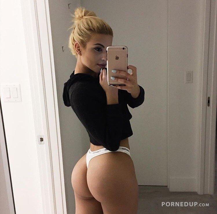 hot-girl-selfie-9536.jpg