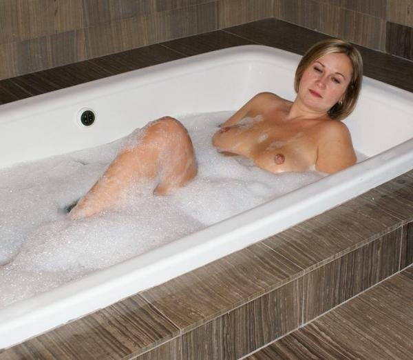 Coming to Ottawa in January Email me for the details! acdnmilf@hotmail.com  www.alexandra-milf.com