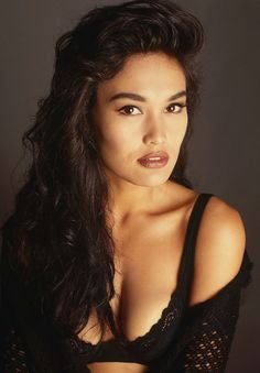 272abdb3fd2db8f56b09a04c616cb873--tia-carrere-asian-woman.jpg