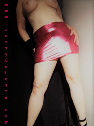 Pink Latex Stand (2).png